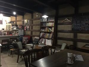 蔵カフェ ニノクラの内観